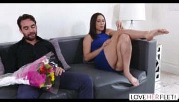 Cute lass arouses studs needs with sexy blow job